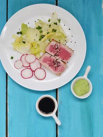 Stekt tunfisk med avokadodip