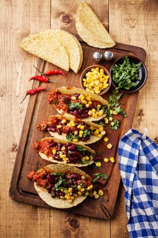 Sprø maistortilla med kjøtt og bønner