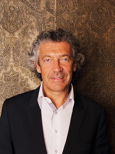 Gérard Bertrand, lidenskapelig vinprodusent med stor interesse for bærekraftig vinproduksjon.